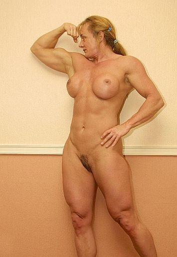 femme culturiste nue