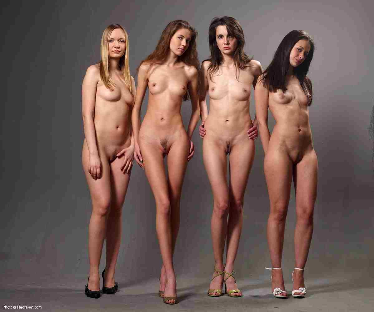 4 jeune femmes nue